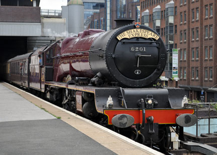 6201 Snow Hill,