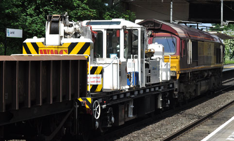 66070 with Track Machine